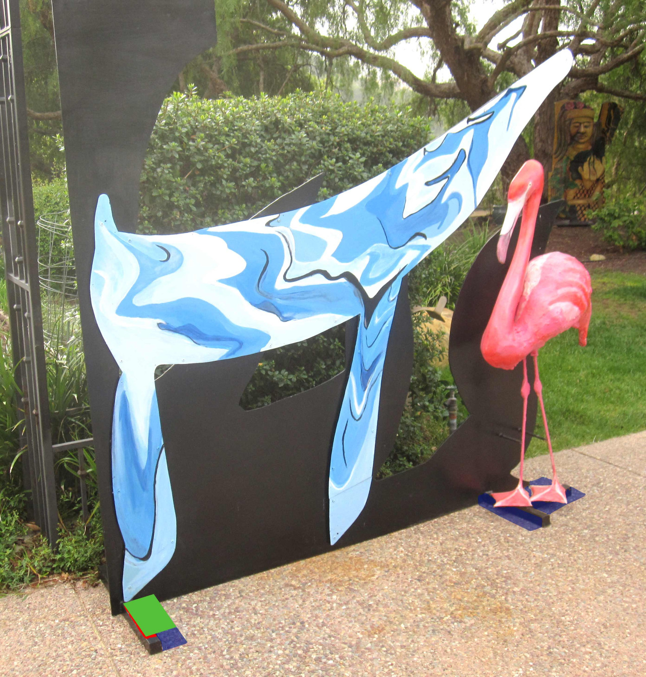 We are so excited that this sculpture has been donated to Youth Interactive by the Morris Squire Foundation - it will transform our outside space — yaya !!!     THANK YOU >   http://www.MBSArtFoundation.com