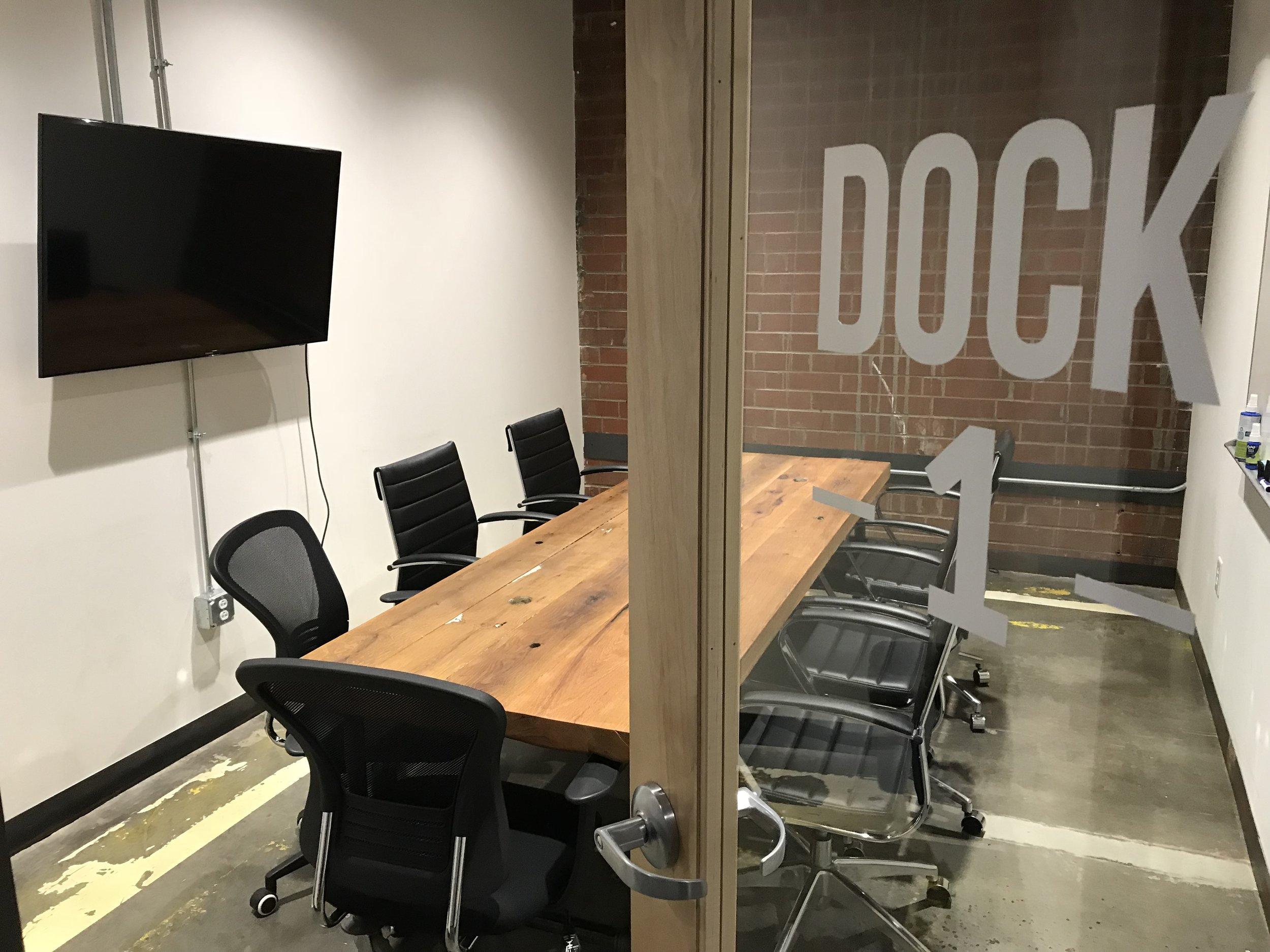 DOCK 1 - Fits 8