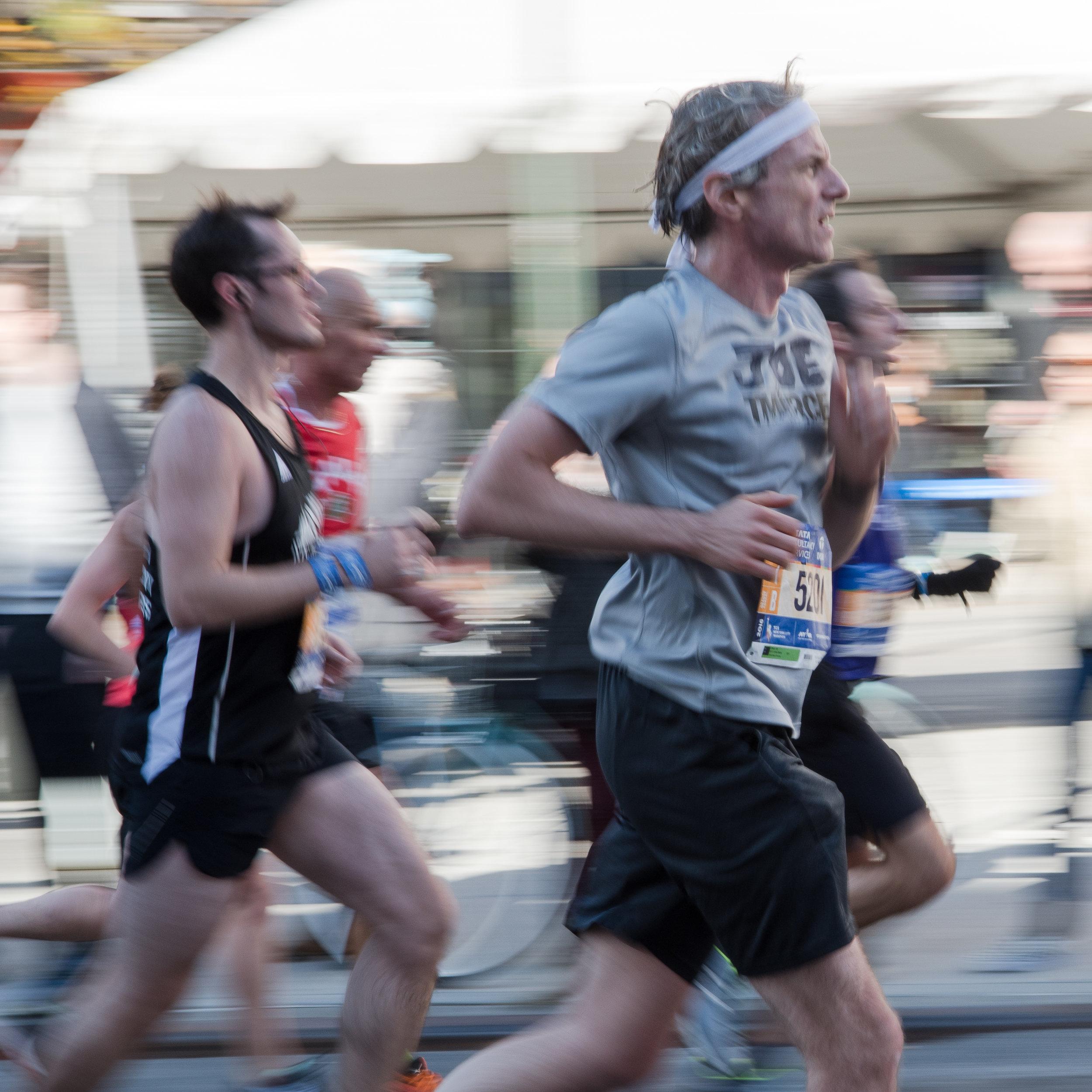 Marathon Blur002 20161106.jpg