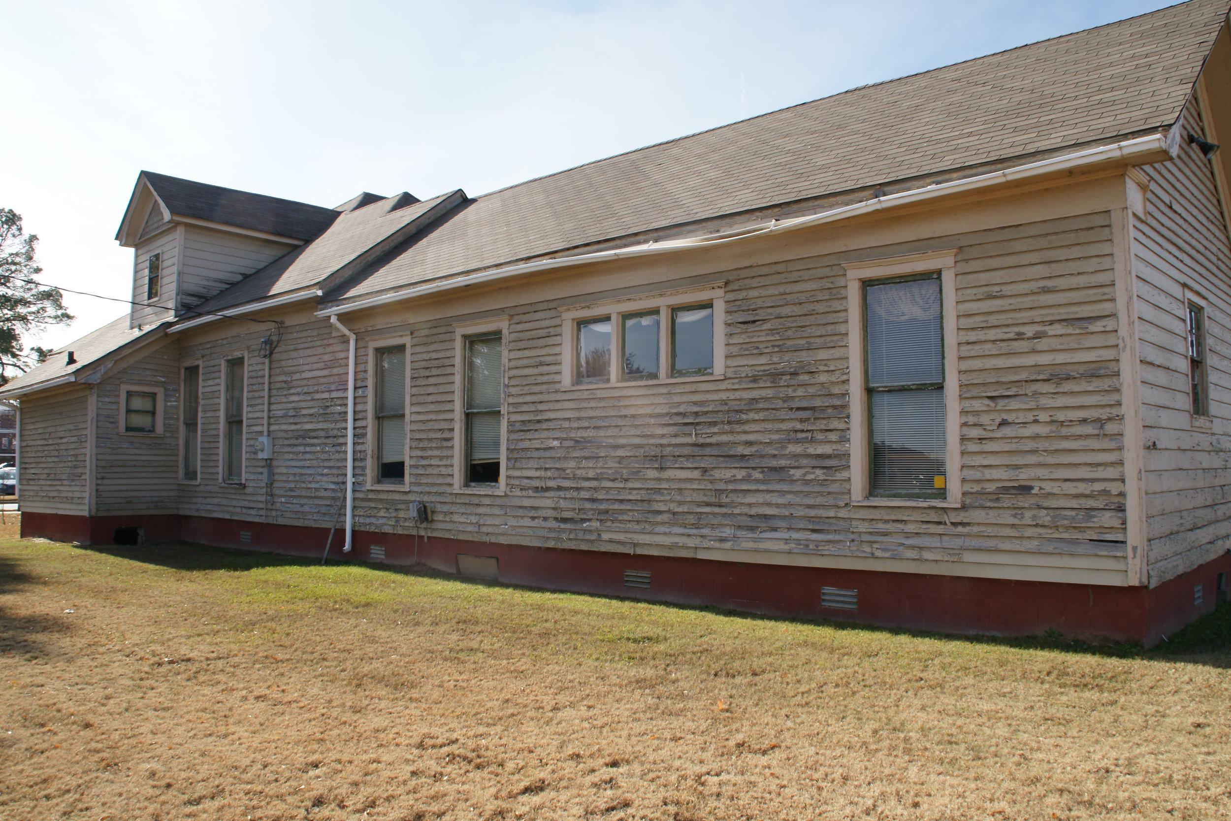 R-Side House3.JPG