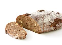 Hazelnut bread - Wheat mixed bread with 7.9% hazelnuts, sunflower seeds, pumpkin seeds, 3.5% honey and sea salt/ length: approx. 18 cm
