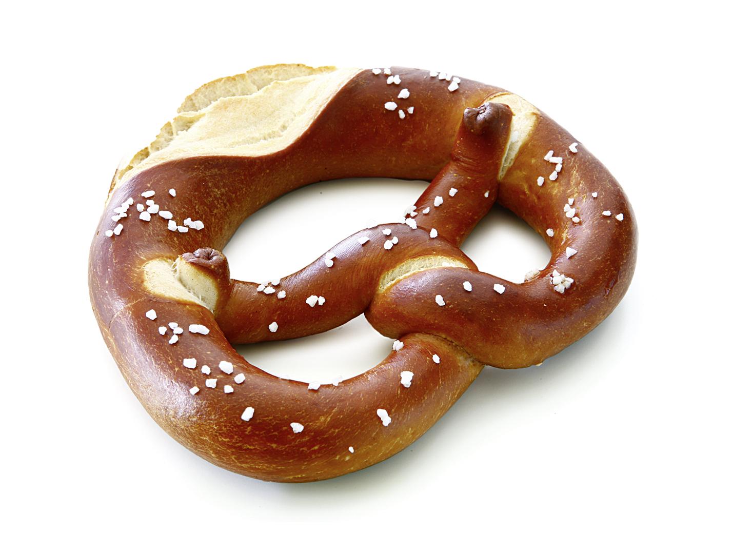 Soft Pretzel - Raw dough piece/ with separate salt for sprinkling