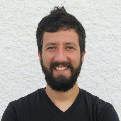 Víctor Freundt - Viktoys