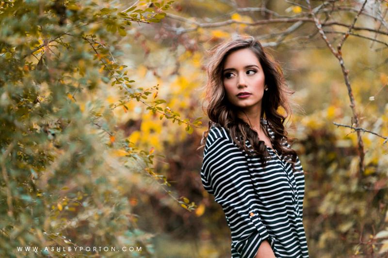Oklahoma Senior Photographer Sutton Wilderness Fall Plaid Best Senior Portrait Photographer leaves stripes