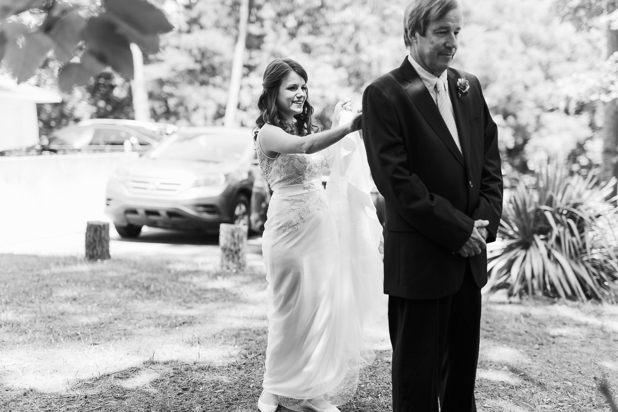 Eureka Springs Wedding Photographer Thorncrown Chapel OKC Wedding Photographer-18.jpg