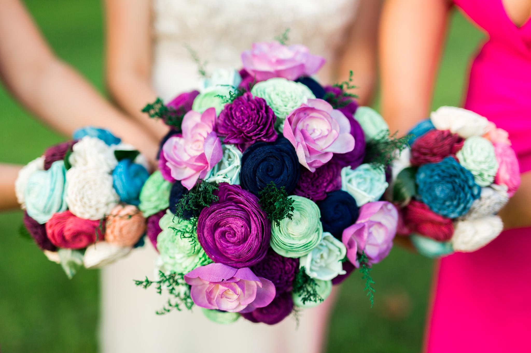 eureka springs wedding photographer thorncrown chapel ecoflowers