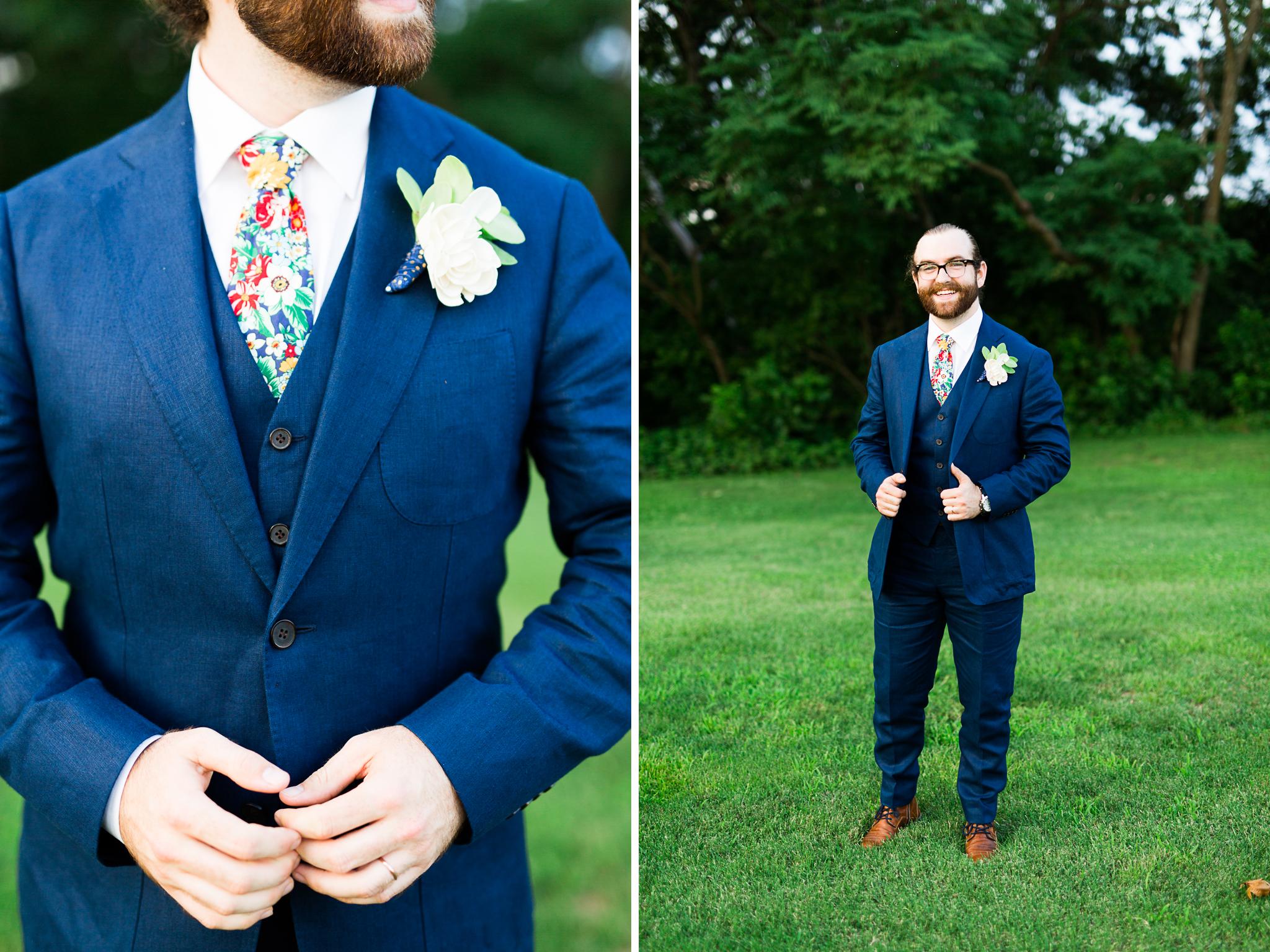 eureka springs wedding photographer thorncrown chapel groom details