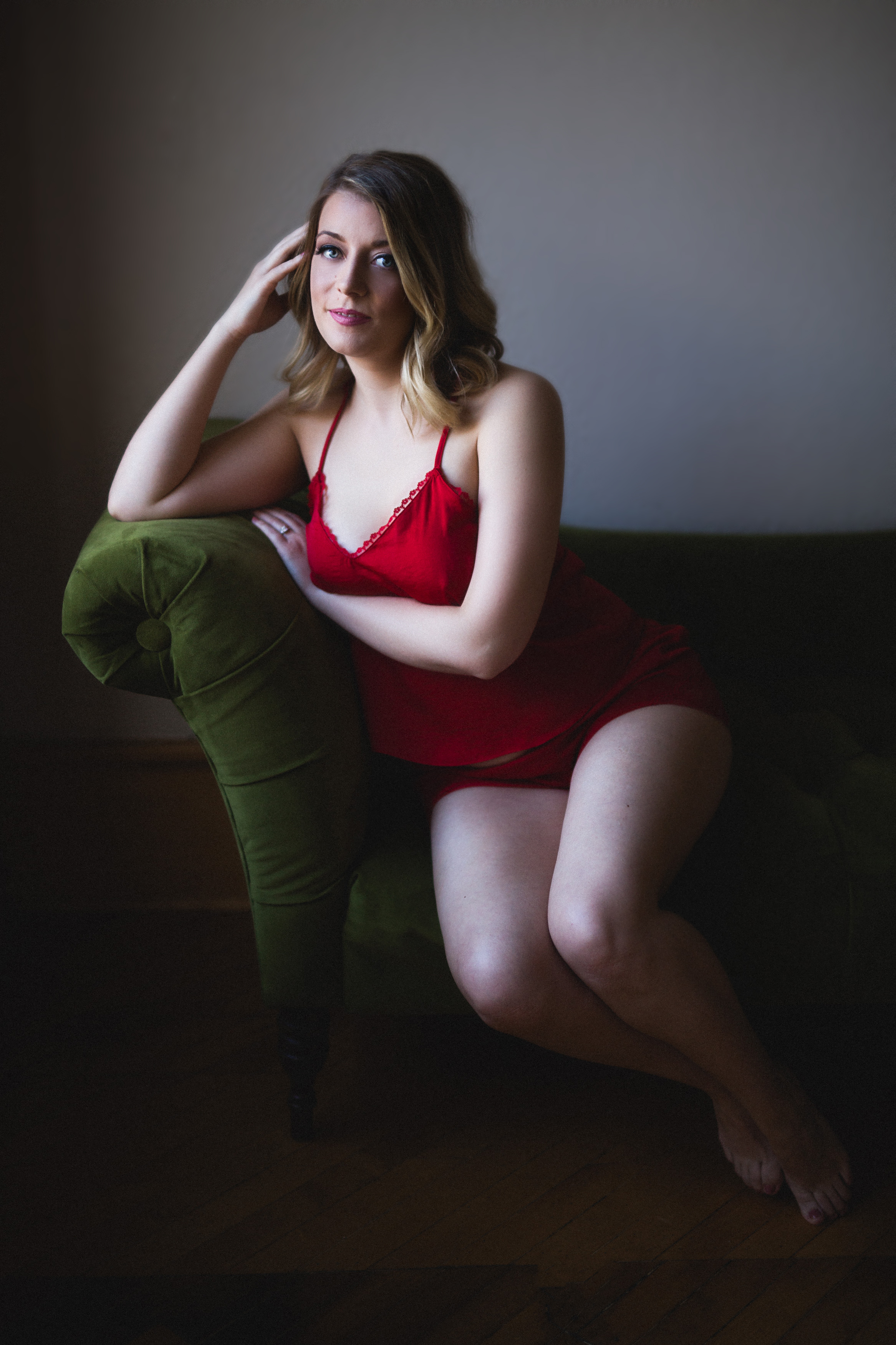 okc boudoir photographer norman oklahoma edmond okc boudoir for humans with bodies tattoo boudoir real bodies body positivity stretch marks