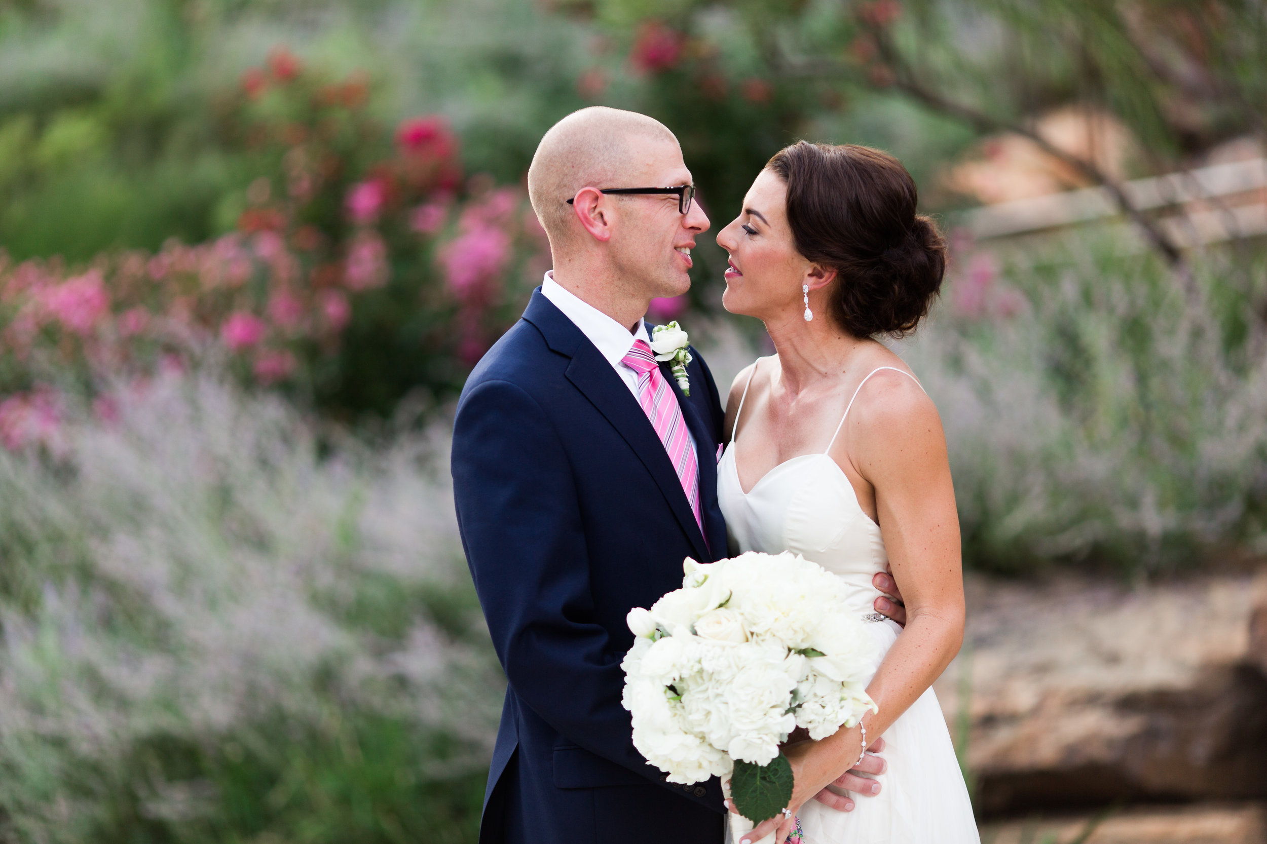 myriad botanical gardens wedding photographer okc oklahoma flowers