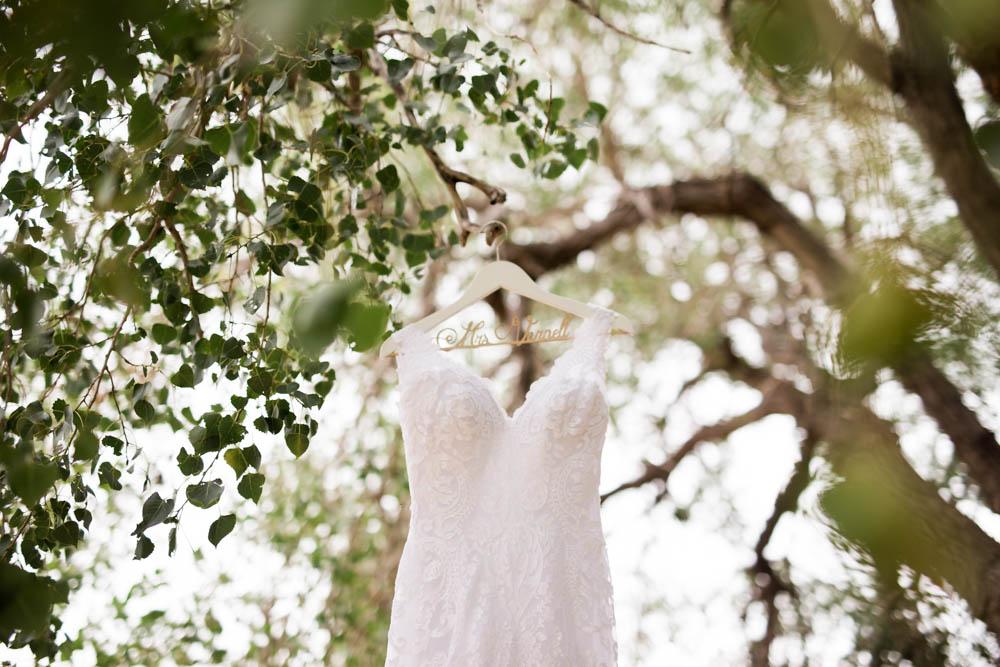 quartz mountain wedding oklahoma wedding photographer dress