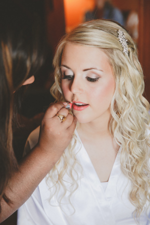 STYLE ME PRETTY - REAL BRIDE   Romantic Rustic Wedding   Photography:  Sugar And Soul Photography  | Videography:  McNeill Media Creations  | Wedding Coordination:  Like A Star Weddings & Events  | Floral Design:  Fache Florals Designs  | Cake:  Laugh Love Cakes  | I| Makeup:  Makeup Expressions By Rimpal  | Hair:  Haven Salon & Spa  |