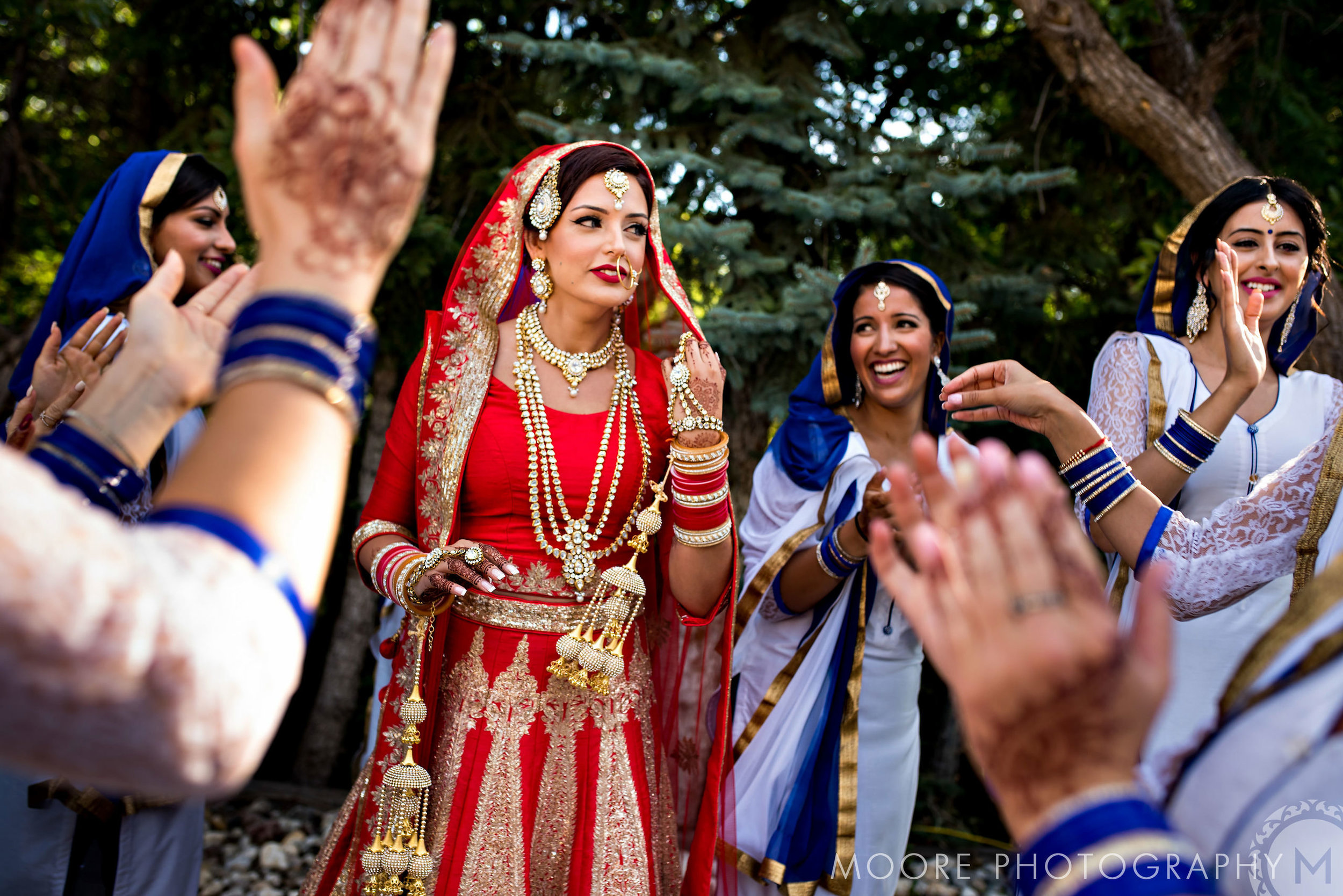 Toronto Makeup Artist, Toronto Wedding makeup artist, Markham Makeup Artist, Sikh Wedding Makeup Artist, indian wedding makeup artist toronto, sikh wedding makeup artist toronto, toronto punjabi wedding - cover.jpg
