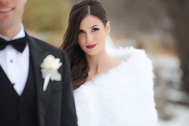 Winter Weddings are my favourite 😍. Here is the stunning @jillianrenaud. You can never go wrong with a red lip especially on a snowy day, who agrees? . Photo by: Joel Ross Photography Hair by: @vanhofthair . . . . . .  #torontomakeupartist #makeupartisttoronto #allthingsbridal #torontomakeupartist #makeupexpressions #mebyrimpal #bridalmakeup #torontowedding #thatsdarling #creativityfound #torontomua #weddingmakeuptoronto #Wedluxe #weddingbells #stylemepretty #weddinghairandmakeup #dyfcertified #torontobridalmakeup #torontobridalmakeupandhair #toronto #winterwedding #winterwonderland #winterbride #christmaswedding #bridalmakeup #winnipegweddings #winnipegbride #winnipeg #winterpeg