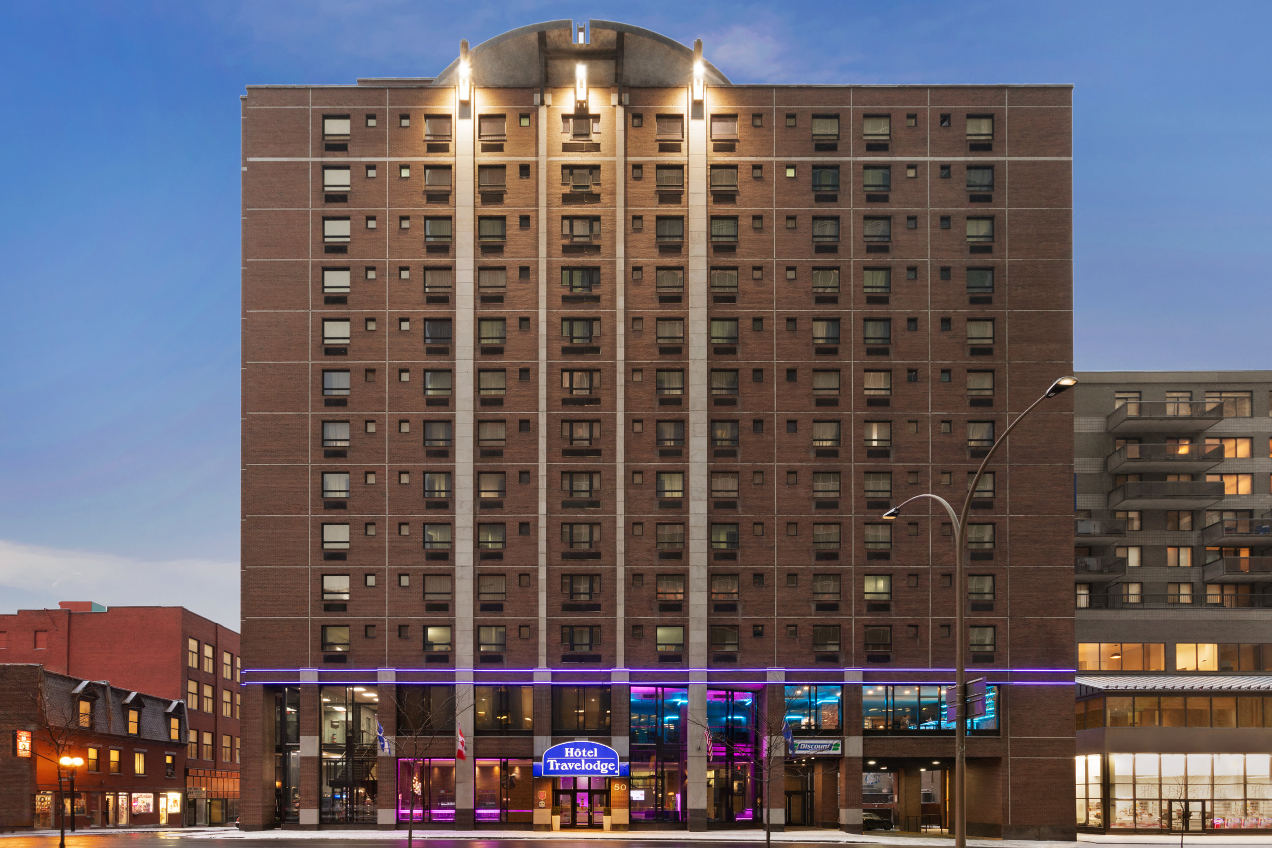 Travelodge Hotel Montreal Centre - Exterior - 1353846.jpg