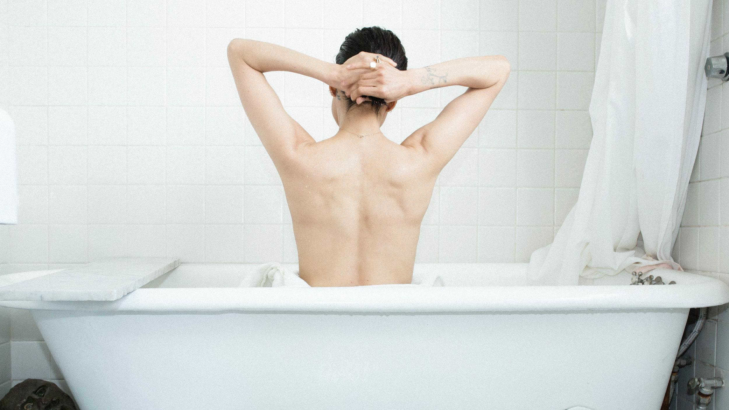 SosaMaguis-bathtub6.jpg