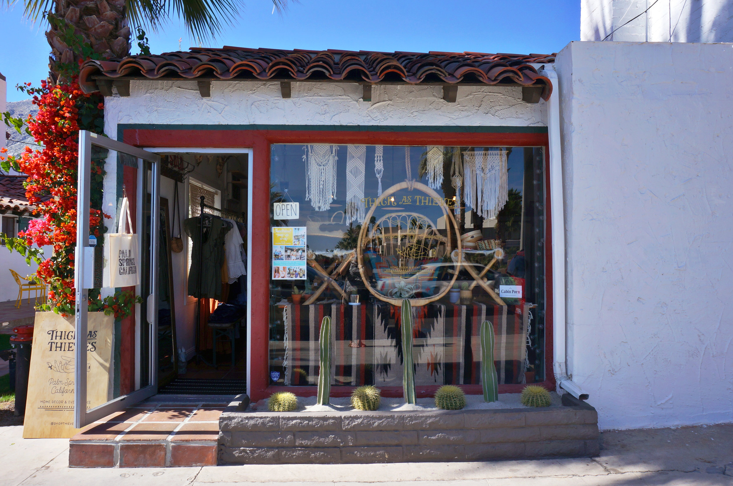 The cutest lil' shop in Palm Springs- Thick As Thieves on Indian Canyon Drive. All the pretty things!