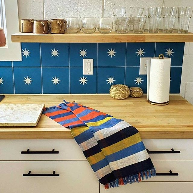 Beautiful woven towel from @all_roads_studio chillin in #thatdeserthouse kitchen 💙✨🙌