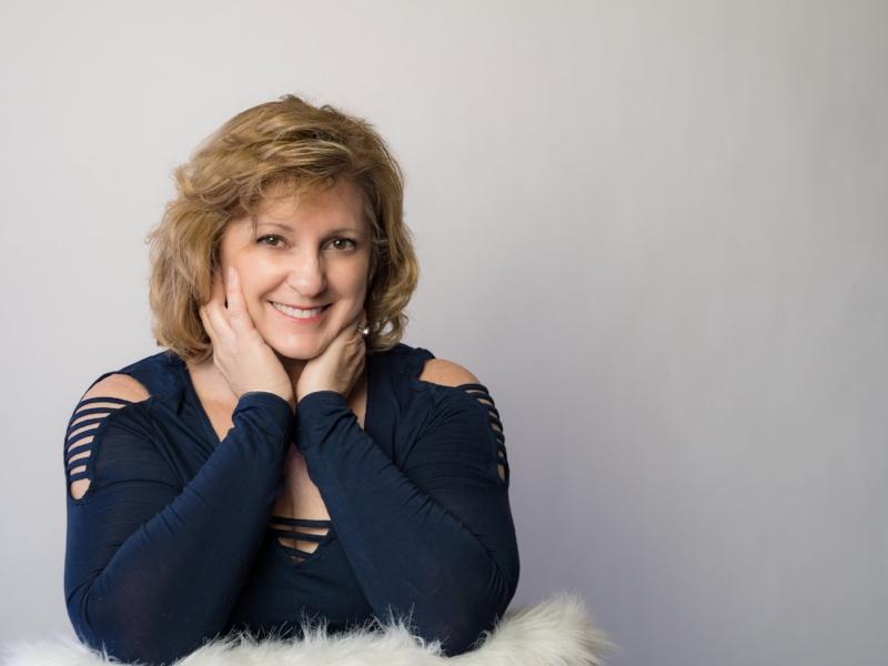 Carmen Buck-Author, Speaker and Photographer