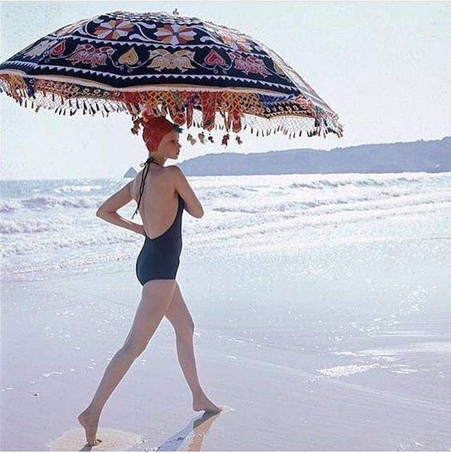 Fancy Fridays! Photo taken in 1973 in the Algarve by Norman Parkinson. Photo from @casafuzetta #portugal #handmade #algarve #travel #design #interiordesign #style #styleinspiration #fashion #accessories #artisan #craft #instadecor #unique #gifts #saudadetoronto #littleportugal #thesix