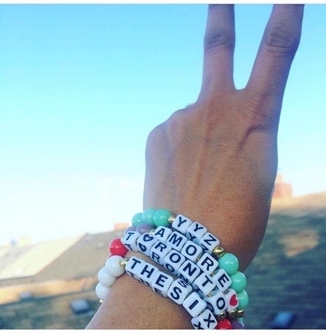 Love my city Toronto!! These bracelets by @mimi_e_kiki were my summer staple! The new collection contains the horoscopes, can't wait to wear my Libra bracelet, along with my YYZ and SUP!  #portugal #local #handmade #jewelry #accessories #fashion #bracelet #words #design #style #styleinspiration #saudadetoronto #littleportugal #thesix #yyz