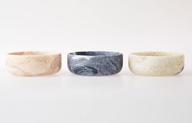 They are back! @ghome.pt marble bowls, beauty in any room and they have many functions. #portugal #handmade #design #interiordesign #style #styleinspiration #details #marble #instadecor #bowls #saudadetoronto #littleportugal #thesix #gifts #unique