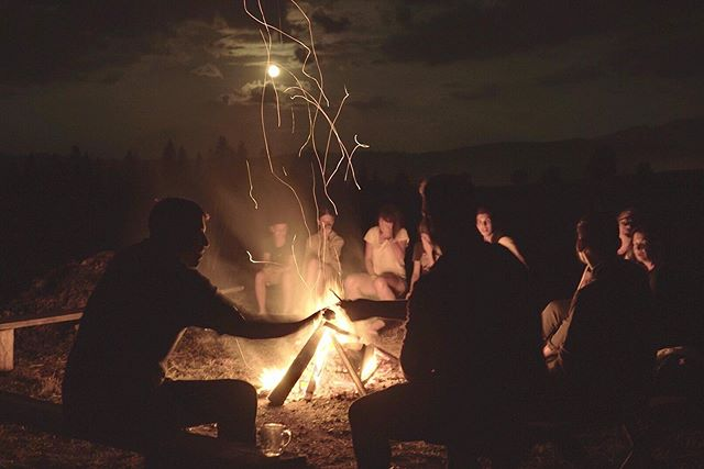 Though my Polish family may be on the other side of the planet, it's good to know they can still throw a proper bonfire.