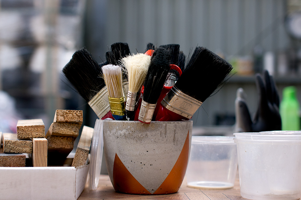 So many paint brushes! Photo by Susan Fitzgerald.