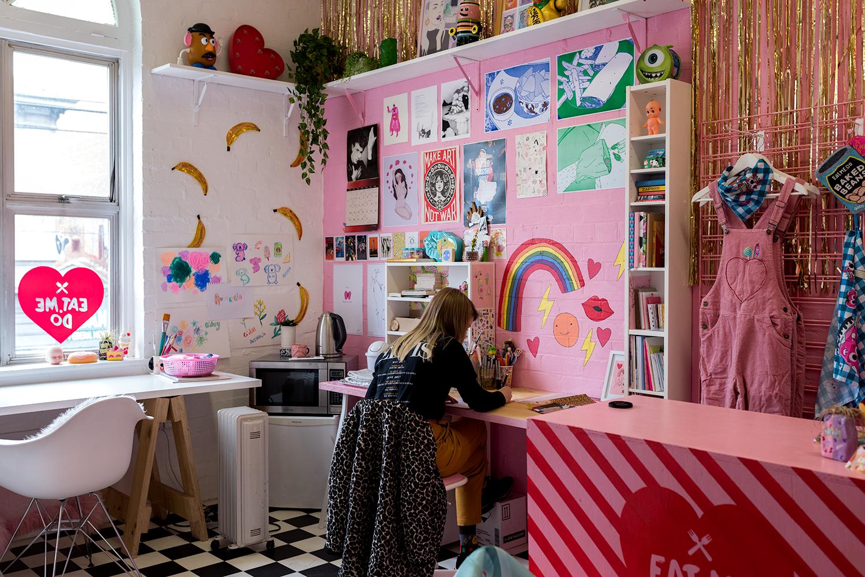 Tegan Iversen in her studio. Photo © Susan Fitzgerald 2017.