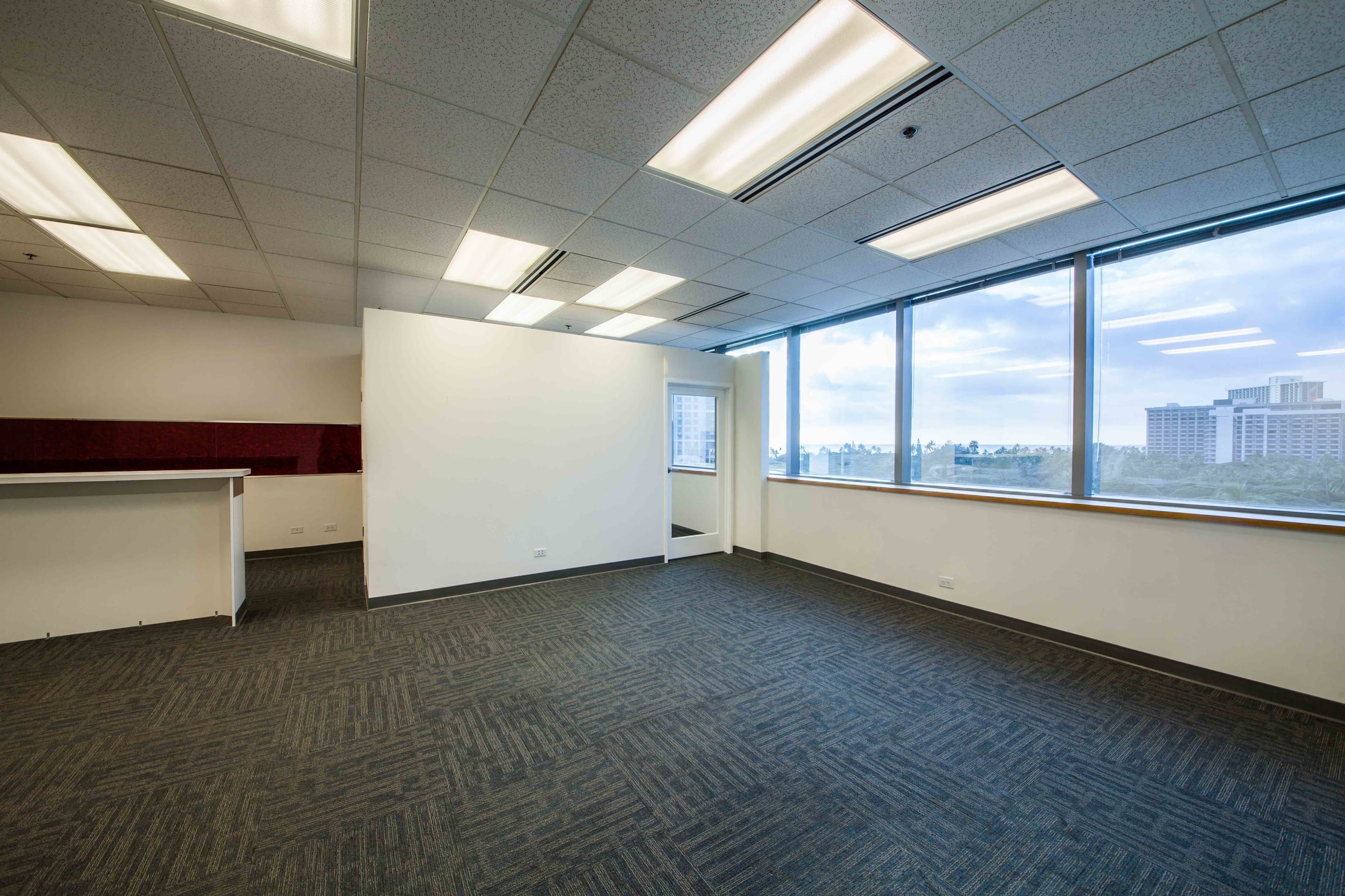 Recently renovated and upgraded with a custom designed reception area and kitchen with running water. Beautiful panorama view of Waikiki, Beachwalk, and the ocean!