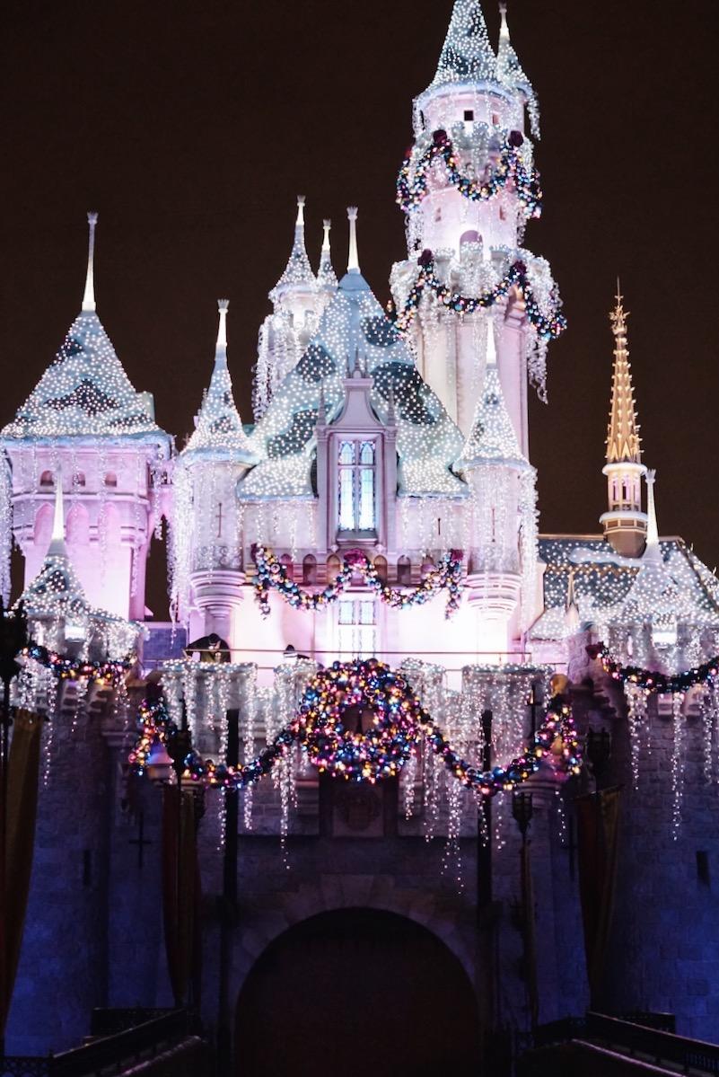 Disneyland-Sleeping-Beauty-Castle-Night-Lights