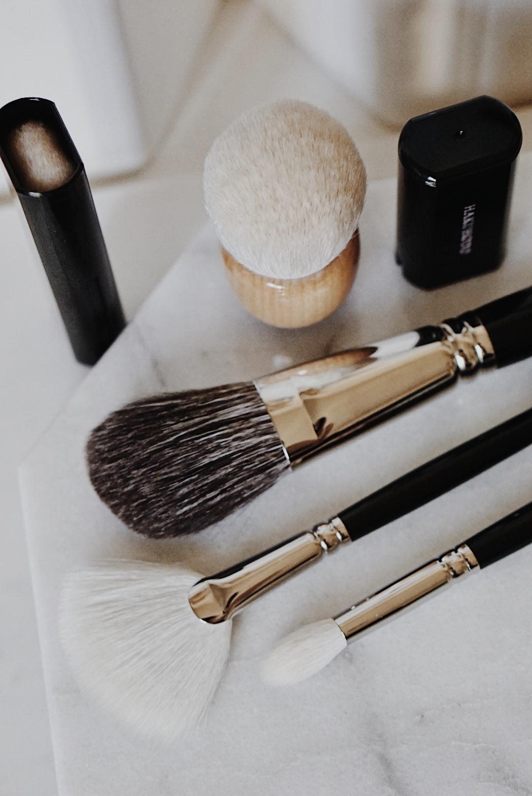 Hakuhodo Brushes J5522 J4004 Powdered Angle Brush Slide Face Angled Maple Kinoko Brush