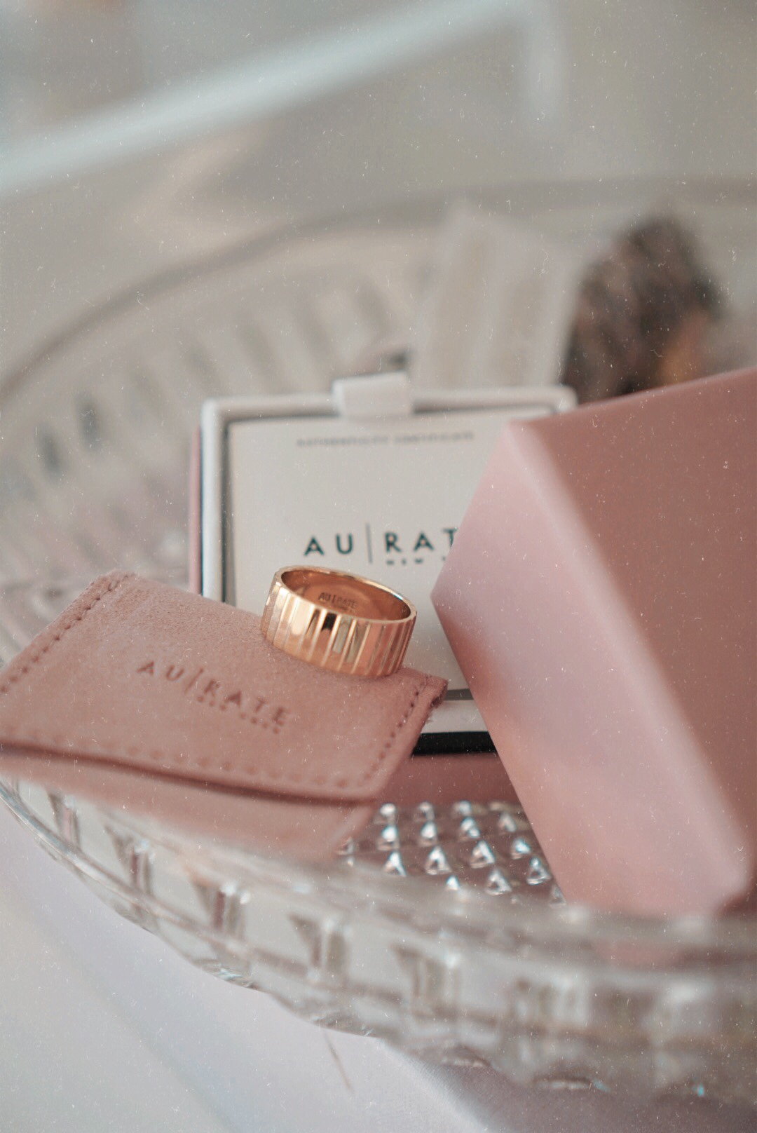 AUrate New York Gold Infinity Ring