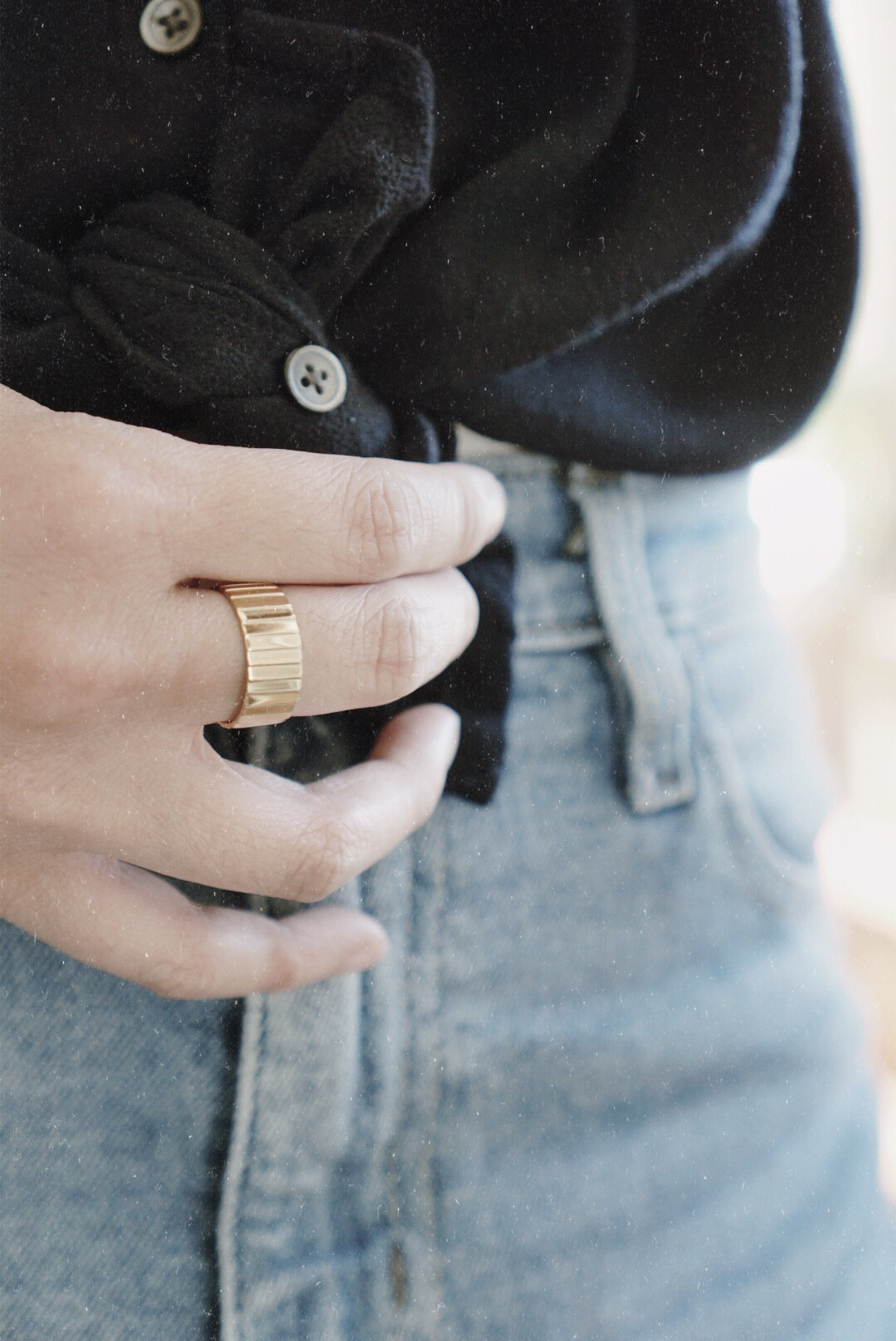 AUrate New York Gold Infinity Ring Chunky