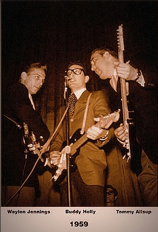 The Winter Dance Party, 1959. Buddy and the erstaz Crickets, Waylon and Tommy.