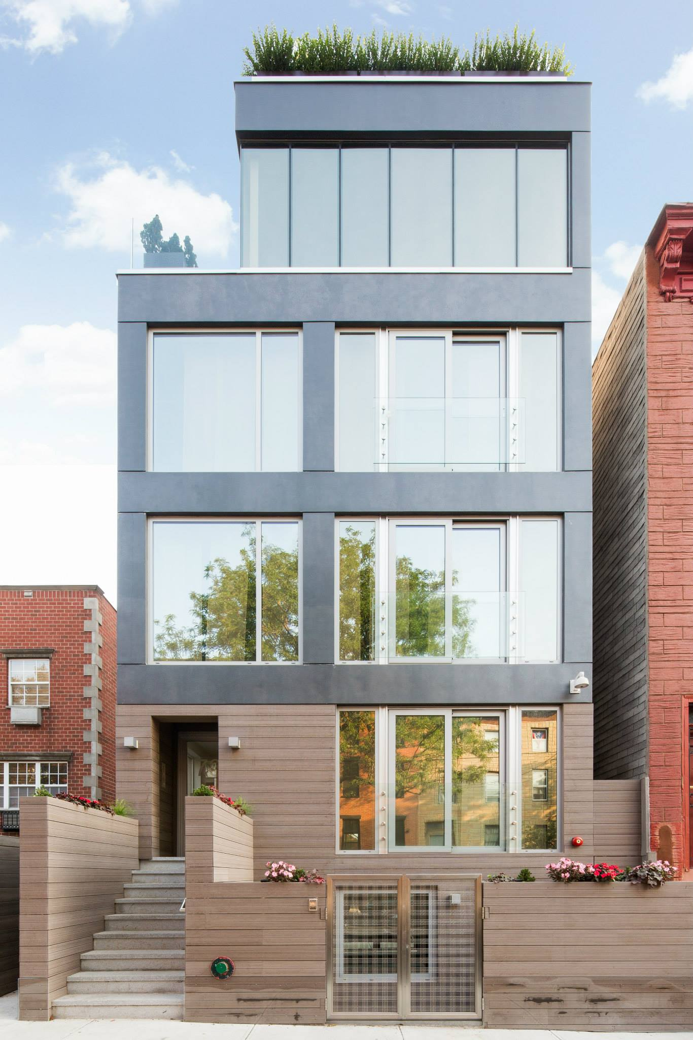 78S 3rd St_Exterior  View 2.jpg