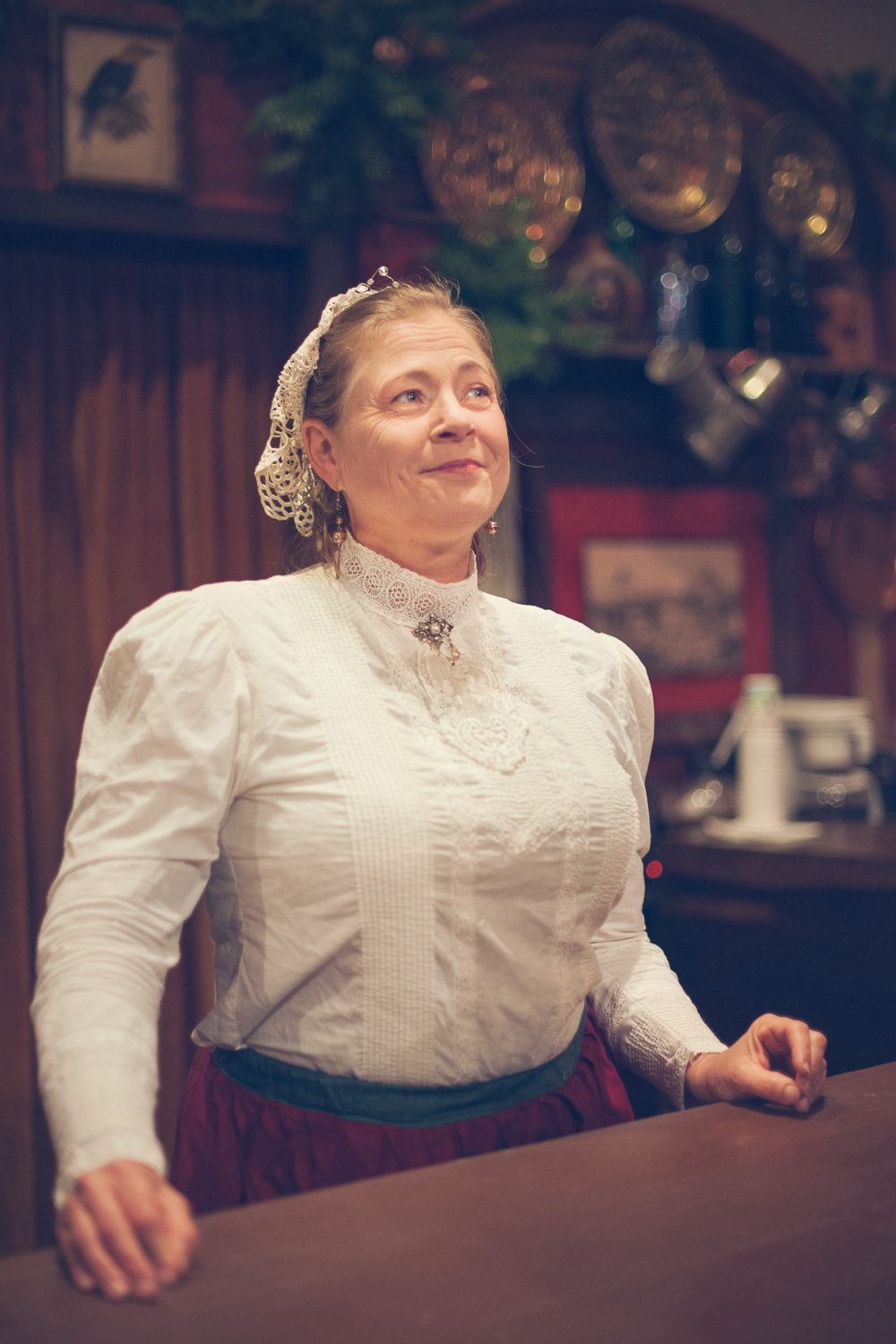 Grab a drink at the bar // The Great Christmas Dickens Fair // Ashley Petersen Photo