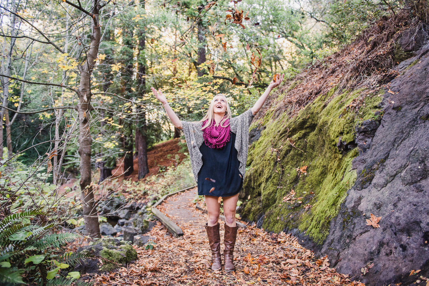 Sydney // Senior Fall Portrait // Ashley Petersen Photo