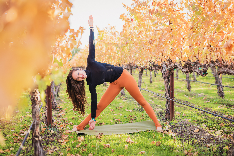 Triangle Yoga Pose in Napa // Ashley Petersen Photo