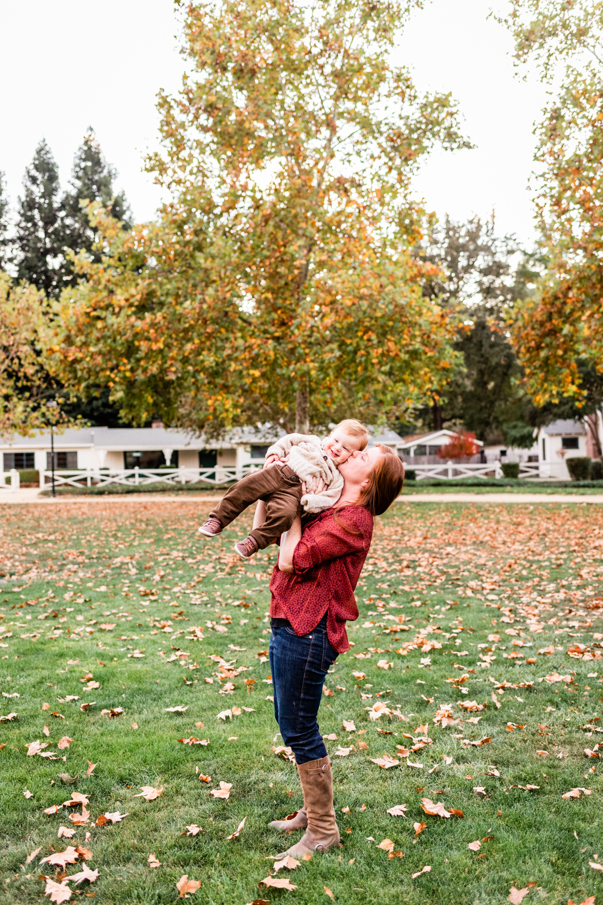Mama and baby portrait session at Happ Magee Park during fall.