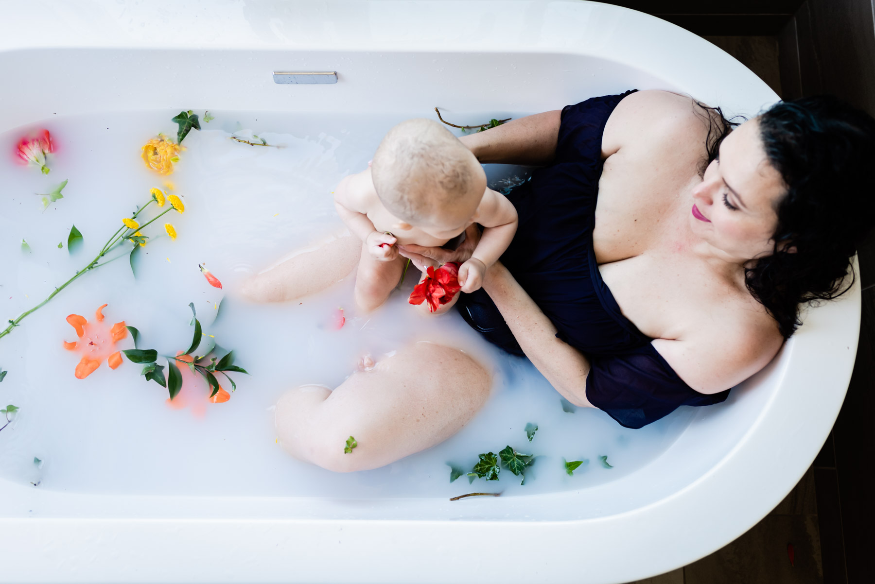 Mama and Baby Milk Bath // Ashley Petersen Photography