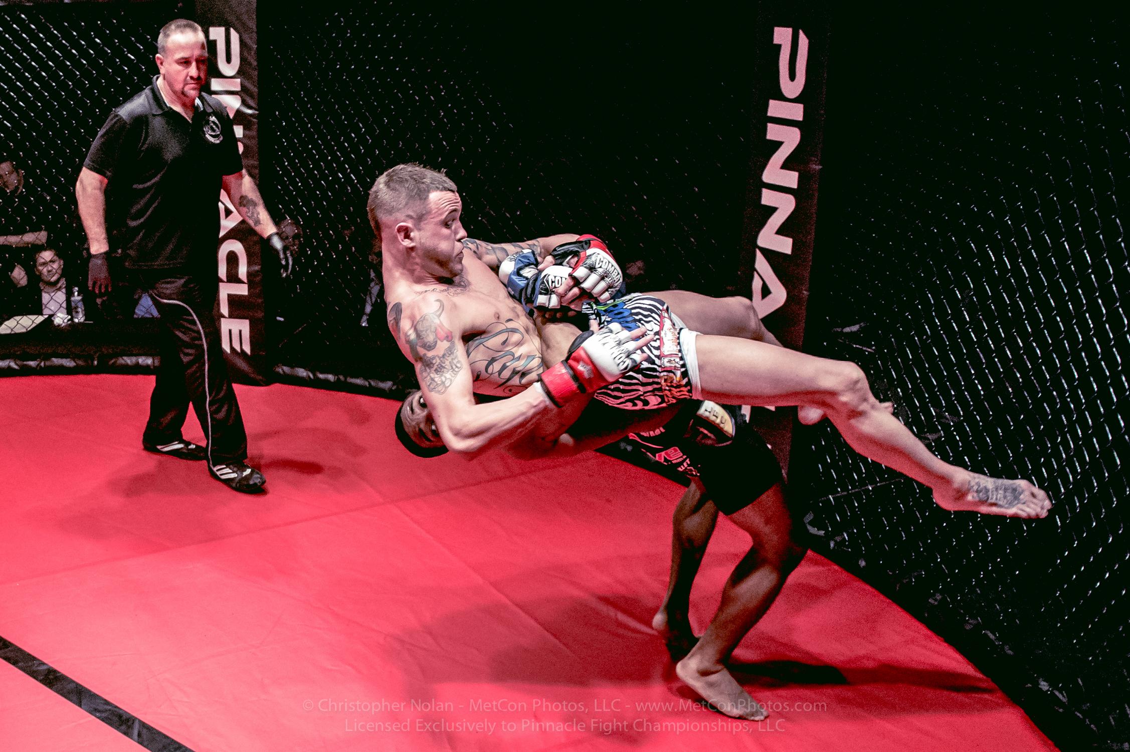 2014-PFC6-FIGHTS-5799.jpg