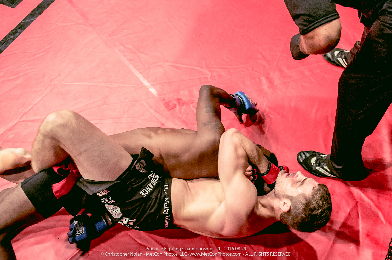 2015-PFC11_FightNight-9549.jpg