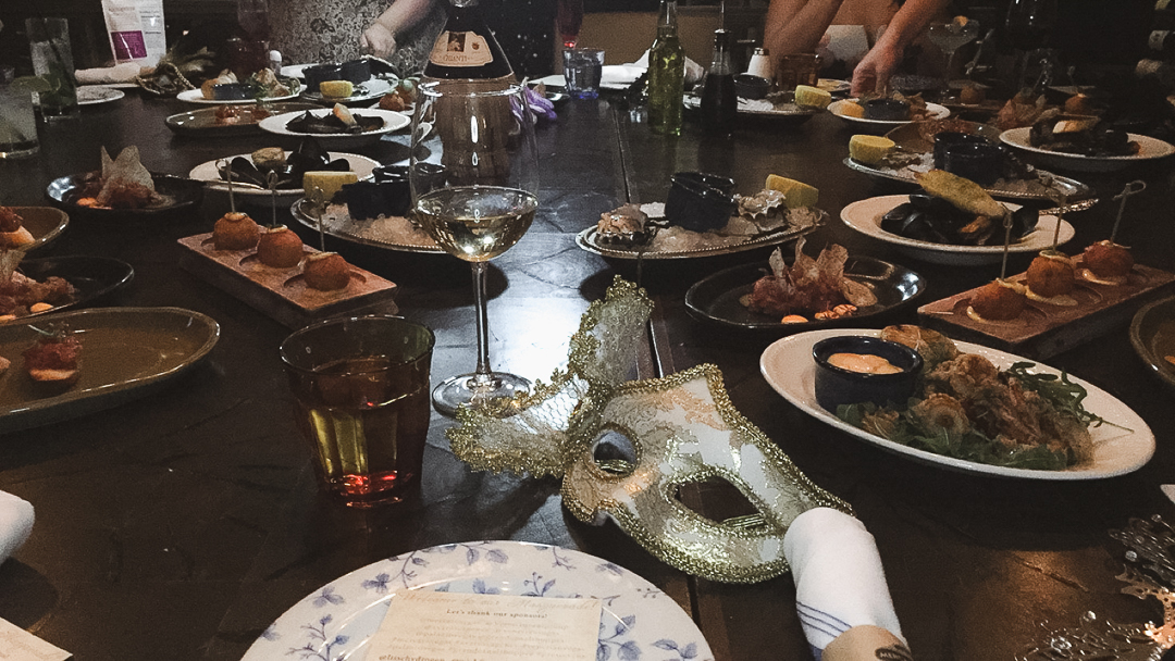 I started off with a glass of Chardonnay and this delicious Happy Hour spread: Crispy Calamari, Seafood Croquettes, Steamed Mussels, Bruschetta, Oyster Plate and Tuna Tartar.