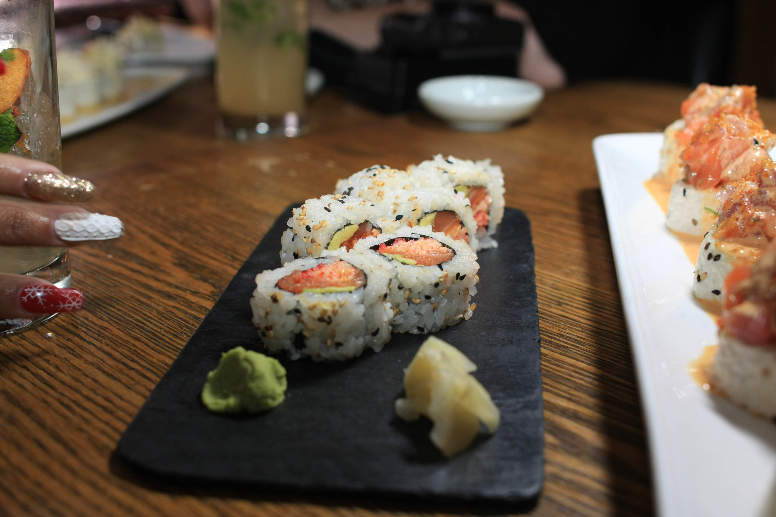 Pop Rockin - Spicy tuna, Salmon, Kanikama, Avocado, Pop Rocks
