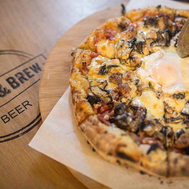 Weekend treats... #authenticwithatwist #pizzalove #weekendbrunch #breakfast #sourdoughpizza #woodfiredpizza