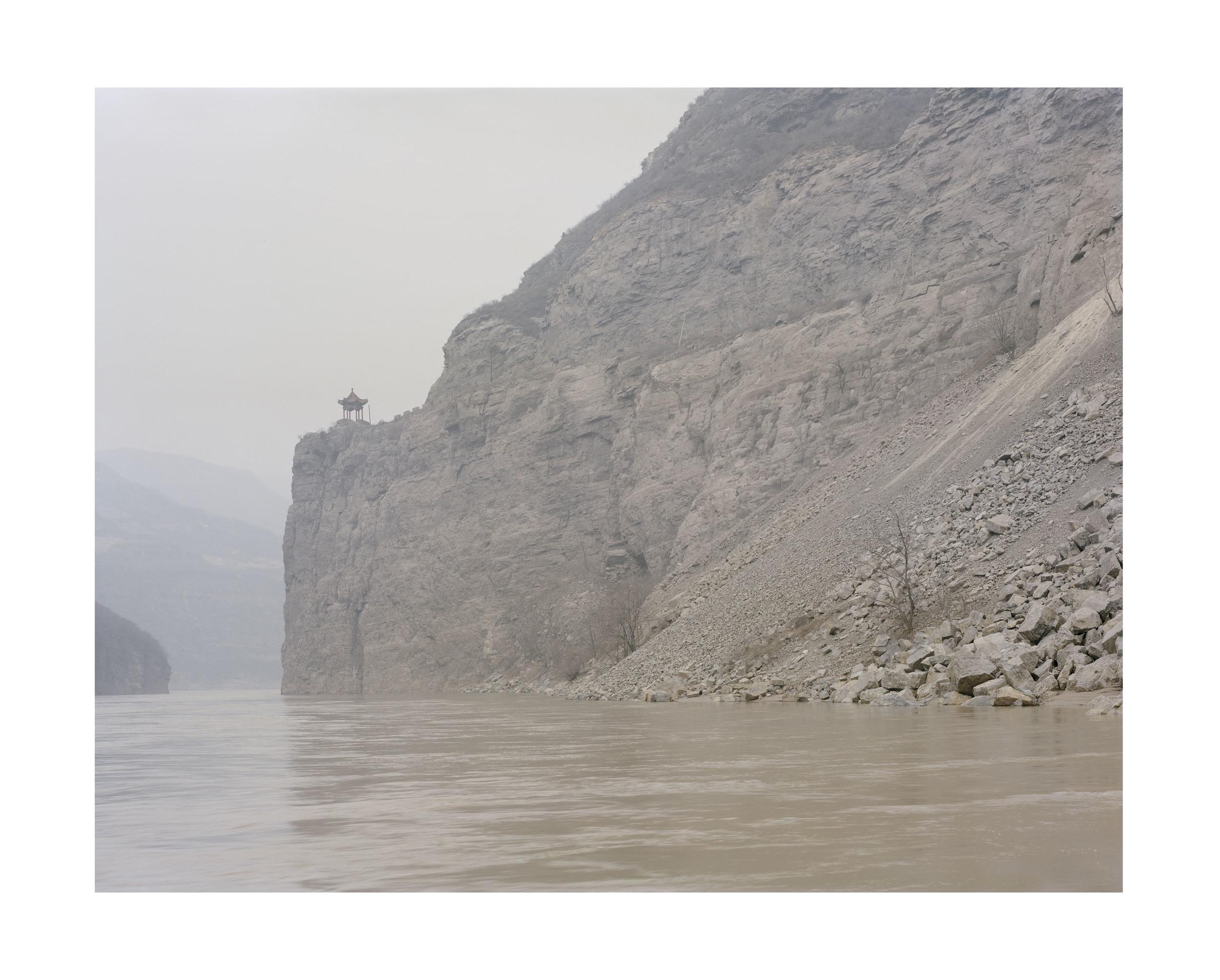 龍門, 山西, 2011            100 x 120   厘米/ 112x 138   厘米/ 140 x 168 厘米