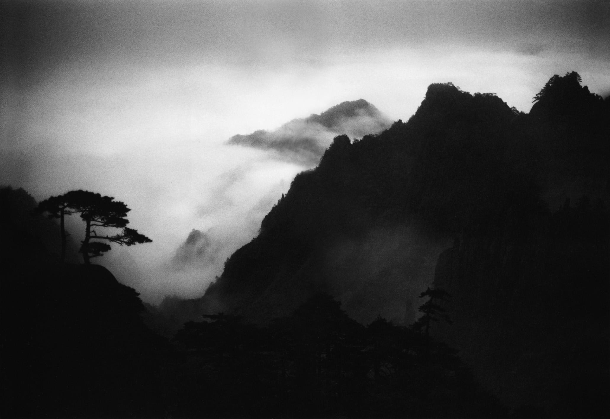 W64,   1984    噴  墨打印/銀  鹽照片    53.34  X 36.4 厘米
