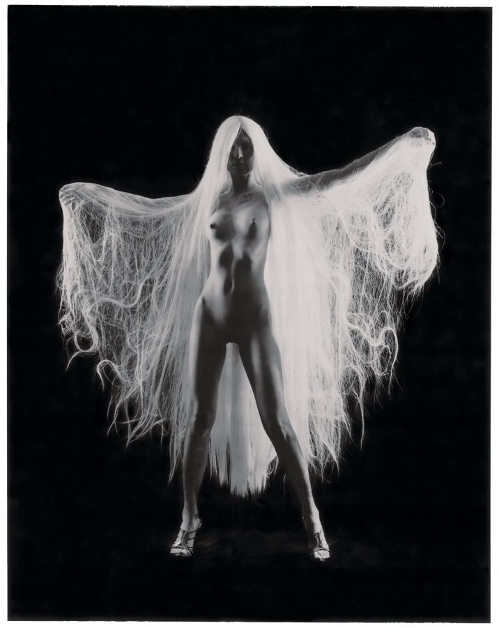 白髮魔女 #3, 2007    相片尺寸:142 x 108厘米/  影像尺寸:124 x 96厘米