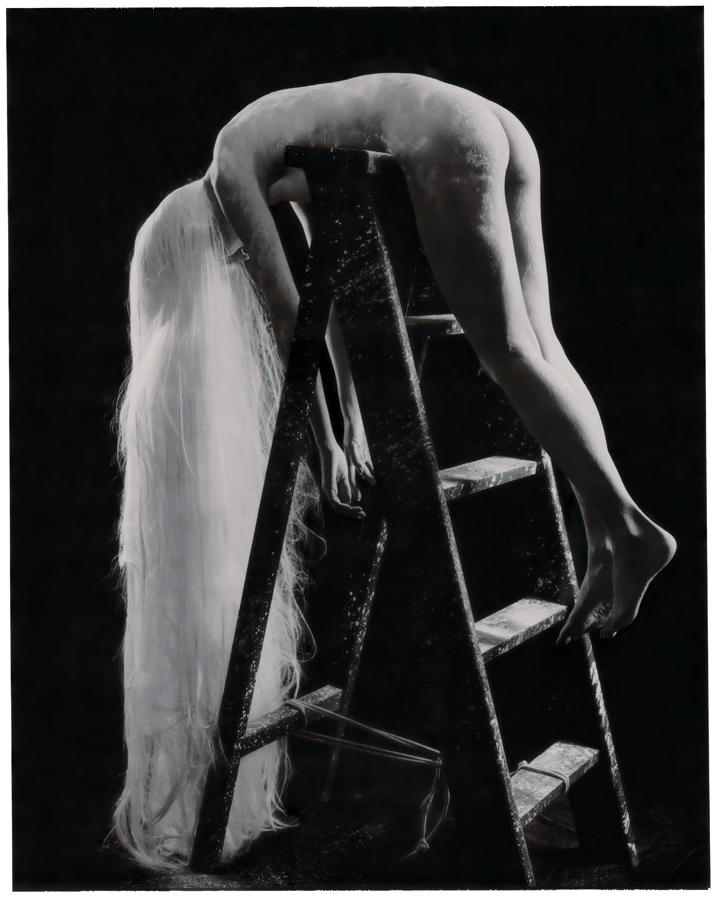 白髮魔女 #4, 2007    相片尺寸  :142 x 108厘米/  影像尺寸:124 x 96厘米