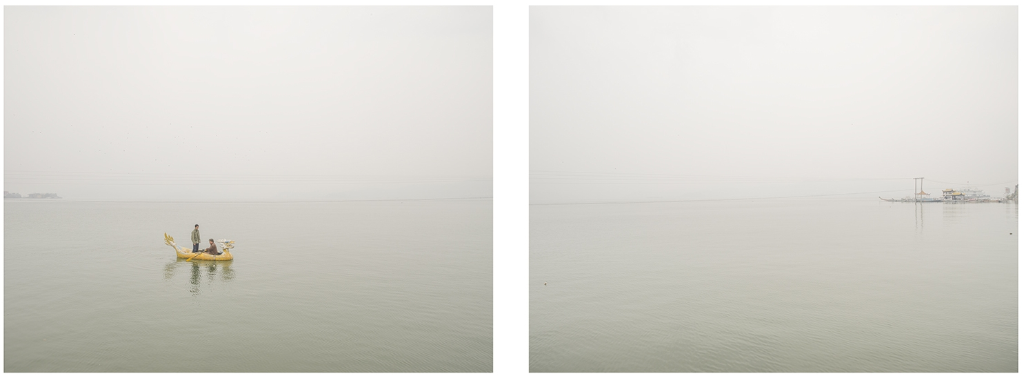 三峽里的小龍舟, 2015     每張尺寸 :120 x 84 厘米 / 120 x 96 厘米 ( 一套兩張 )